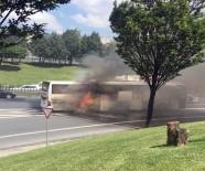 OTOBÜS FİRMASI - Şehirlerarası Yolcu Otobüsü Alev Alev Yandı