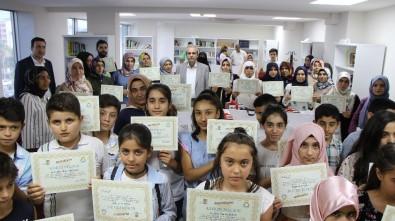 'Annemle Okuyorum' Projesinde Derece Girenler Ödüllerini Aldı