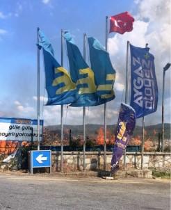 Ayvalık'ta Akaryakıt İstasyonu Yanında Çıkan Yangın Korkuttu
