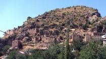 AFET BÖLGESİ - Çukurca'daki Tarihi Kale Evleri Turizme Kazandırılacak