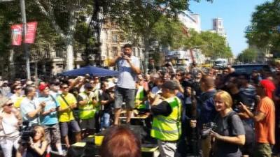 İspanyalı Taksiciler Uber Protestolarına Devam Ediyor