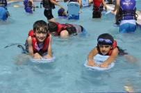 Kayapınar Belediyesi'nden Bin 500 Öğrenciye Ücretsiz Yüzme Kursu
