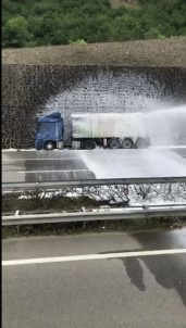 LPG Yüklü Tanker Kaza Yaptı, Karadeniz Sahil Yolu Trafiğe Kapandı