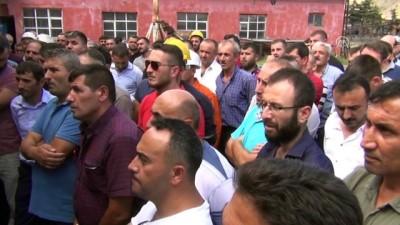 Milletvekili Çilez, Maden İşçilerinin Sorunlarını Dinledi