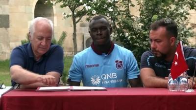 Trabzonspor, Toure İle Sözleşme İmzaladı