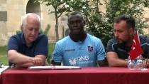BONUS - Trabzonspor, Toure İle Sözleşme İmzaladı