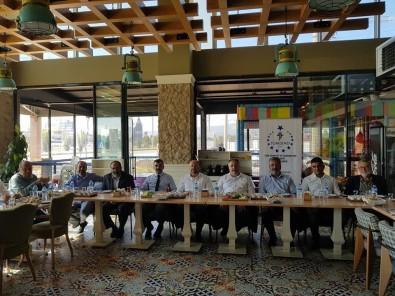 TÜMSİAD'ın Ege Bölgesi Şube Başkanları Kütahya'da Buluştu