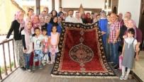 NURULLAH CAHAN - Uşak'ta Kadın Eliyle Tarih Yaşatılıyor