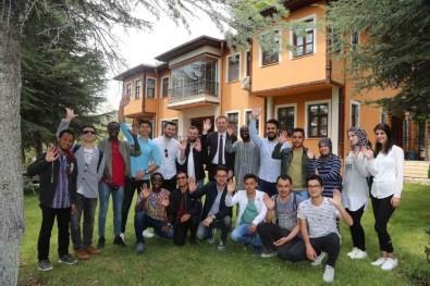 Yabancı Uyruklu SDÜ Öğrencileri, Üniversite Ve Şehirden Memnun