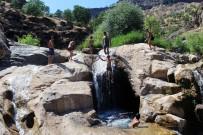 45 Dereceyi Bulan Irak Sınırında Türkülü Serinleme