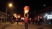 Çocuk İstismarına Dikkat Çekmek Dilek Feneri Uçurdular