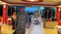 MEHMET İLHAN - Düğününde Damatlık Yerine Askeri Kamuflajını Giydi
