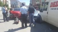 GÖKMEYDAN - Eskişehir'de 3 Aracın Karıştığı Kazada 6 Kişi Yaralandı