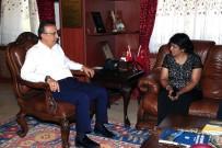 Mauritius Cumhurbaşkanı Gurib, Belediye Başkanı Seçen'i Ziyaret Etti