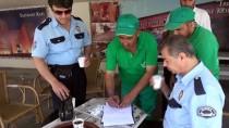 TEMİZLİK İŞÇİSİ - Temizlik İşçisi Bulduğu Parayı Polise Teslim Etti