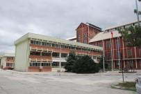 ŞEKER FABRİKASI - Turhal Şeker Fabrikası'na İki Haftada 2 Bin 700 Kişi Başvurdu