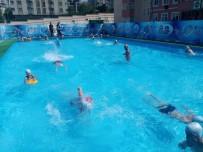 ÜMRANİYE BELEDİYESİ - Ümraniye'de Yüzme Bilmeyen Çocuk Kalmayacak