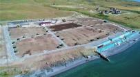 ÇEVRE TEMİZLİĞİ - Van Gölü, Mavi Bayraklı Plajına Kavuşuyor