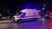 İZMIR ADLI TıP KURUMU - Yol Kenarına Savrulan Motosikletten Düşen 2 Kişi Öldü