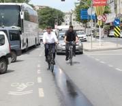 MURAT AYDıN - Başkan Aydın 500 Bisikletliyle Trafikte
