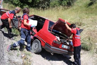 Bolu'da Menfeze Uçan Otomobil Hurdaya Döndü Açıklaması 4 Yaralı