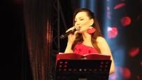 HÜSEYIN ÖNER - Burhaniye'de Alaturka Akşamlar Konseri Coşturdu