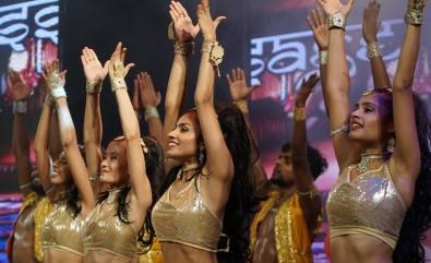 Bursa Festivali'nde  'Passage To Bollywood' rüzgarı