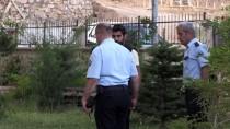 FıRAT ÜNIVERSITESI - Elazığ'da 5. Kattan Düşen Çocuk Yaralandı