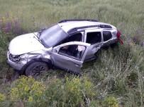 Erzincan'da Trafik Kazası Açıklaması 5 Yaralı