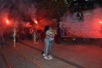 ÇAKAL - Eskişehir'de Sürpriz Evlenme Teklifi