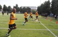 METİN OKTAY - Galatasaray'da Oyuncular Dayanıklılık Testinden Geçti