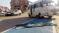 İŞÇİ SERVİSİ - İşçi Servisi Kaza Yaptı Açıklaması 12 Yaralı