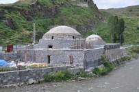 KARS VALISI - Kars'ta Tarihi Hamamların Restorasyonu Devam Ediyor