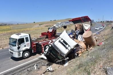 Kırıkkale'de Trafik Kazaları Açıklaması 2 Yaralı