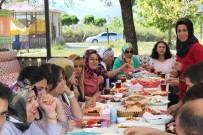 NEMRUT - Kulplu Kadınlar Van'ı Gezdi