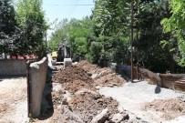 TRAFİK SORUNU - Muş'ta Altyapı Çalışmaları Aralıksız Devam Ediyor