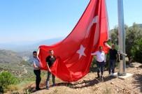 ALI ÇELIK - Nazilli'nin Dört Bir Tarafına Dev Türk Bayrağı Asıldı