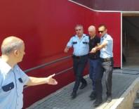 ASLANTEPE - (Özel) Kartal'da Tacizci Önce Kameraya Sonra Polise Yakalandı