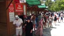 MEHMET TAŞDEMIR - Saklıkent Kanyonu'nda 'Sıcak Hava' Yoğunluğu