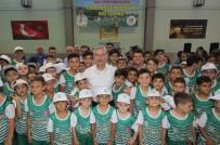 HÜSEYIN YARALı - Saruhanlı Belediyesinden Bin Öğrenciye Spor Eğitimi