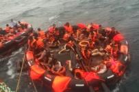 ÇİNLİ - Tayland'da Turist Teknesi Alabora Oldu Açıklaması 49 Kişi Kayıp