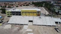 MALZEME DEPOSU - Tevfik Lav Spor Tesisleri Hızla Yükseliyor