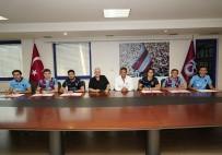 ALI YıLMAZ - Trabzonspor, 6 oyuncuyla profesyonel sözleşme yaptı