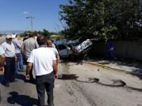 MIYASE - Yolcu Otobüsüyle Otomobil Çarpıştı Açıklaması 2 Ölü, 1 Yaralı