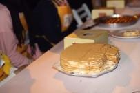 ÖMER EKİNCİ - Zeytinburnu'nda Türk  Ve Dünya Mutfağı  Yarıştı