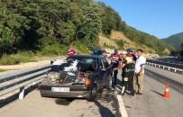 AKBÜK - Zonguldak'ta Trafik Kazası Açıklaması 2 Yaralı