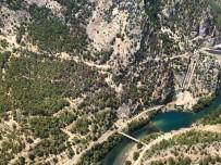 OYMAPıNAR - Antalya'daki Orman Yangını Kontrol Altına Alındı