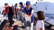 KUZEY EGE - Çanakkale'de 64 Kaçak Göçmen Yakalandı