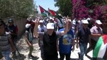 CUMA NAMAZI - İsrail Güçleri Batı Şeria'daki Gösterilere Müdahale Etti