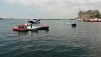 KIYI EMNİYETİ - Kadıköy'de Denize Düşen Kişi Kayboldu